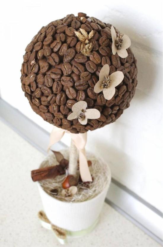 Кофейный топиарий с бабочками