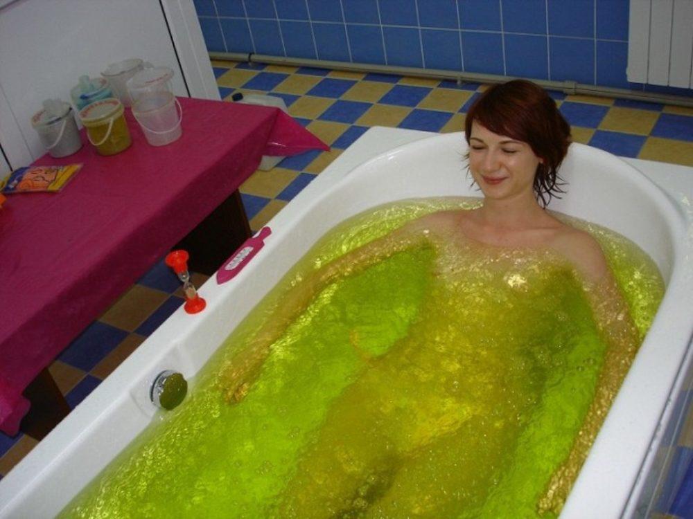 Целебная ванная от подкожного жира