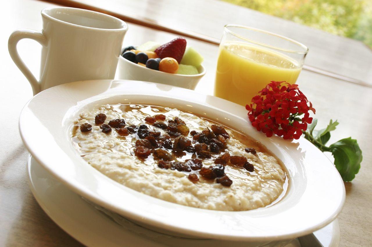 Основы полезного завтрака: советы диетолога